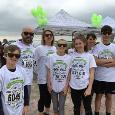 Family & friends join the Chopped Leaf run